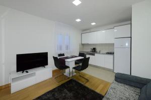 obrázek - Apartments Mate Supetar