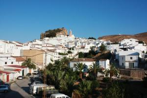 Apartamento El Burgos, Ferienwohnungen  Ardales - big - 4