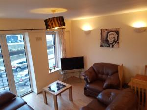 obrázek - Cosy 3 bedroom apartment Cork City with great view