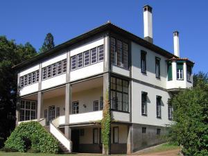 Quinta das Colmeias, Santo da Serra