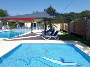 Location gîte, chambres d'hotes Camping Les Genêts d'Or dans le département Gard 30