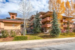 Canyon Creek by Wyndham Vacation Rentals - Steamboat