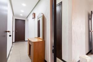 Apartment on Malaya Pirogovskaya 23, Ferienwohnungen  Moskau - big - 77