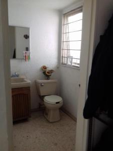 Habitacion con vigilancia al sur CDMX, Homestays  Mexico City - big - 12