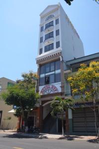 HTP Hotel - Xom Lang Mai