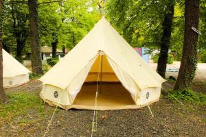 Oktoberfest and Springfest All Inclusive Camping, Kempingek  München - big - 6
