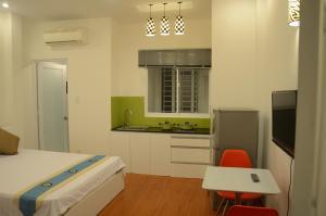 Smiley Apartment 2