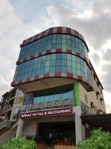 Auberges de jeunesse - Biraj Hotels