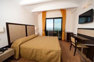 Hotel Joli - Valdragone