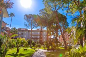 Apartment RONDINE - San Bartolomeo al Mare - AbcAlberghi.com