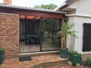Myrtle Cottage, Apartmány  Somerset West - big - 23