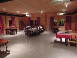 Näverniemi Holiday Center, Üdülőtelepek  Ivalo - big - 37