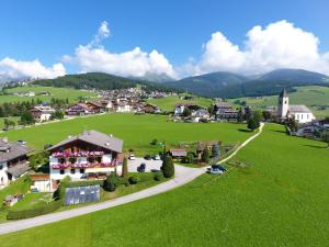 Hotel Oberhofer - AbcAlberghi.com