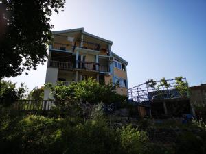 Apartments Volarić, Apartmanok  Sutomore - big - 45