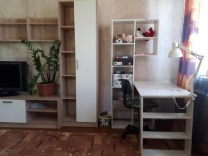 Room on Krasnykh Zor' 8, Проживание в семье  Ростов-на-Дону - big - 3