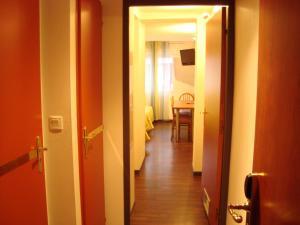 Résidence du Soleil, Aparthotels  Lourdes - big - 31
