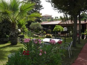 Parco delle Tre Fontane - AbcAlberghi.com