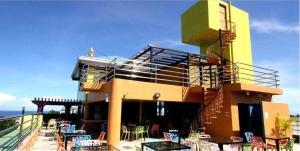 . C & L Sea View Hotel