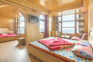 Guesthouse room in The Mall, Shimla, by GuestHouser 16321