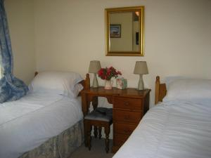 Eastbrook Cottage, Bed and Breakfasts  Trowbridge - big - 5