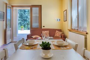 obrázek - Yellow Cottage