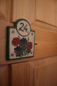 Tornácos Ház - Hegykő, Hotely  Hegykö - big - 63