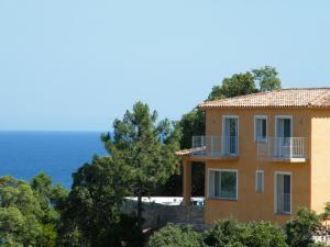 Residence Mare e Monte, Nyaralók  Favone - big - 18