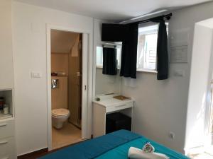 Room Lana