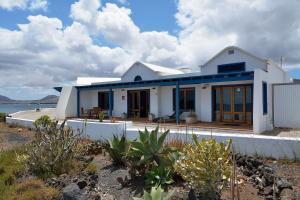 Luxe Punta Mujeres Sea Views!, Apartments  Punta de Mujeres - big - 39