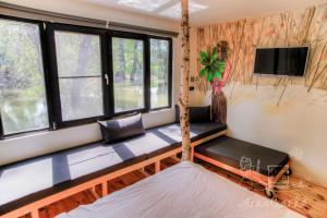 ArkaBarka Floating Hostel & Apartments (31 of 64)