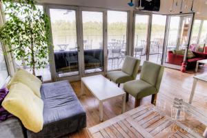 ArkaBarka Floating Hostel & Apartments (7 of 64)