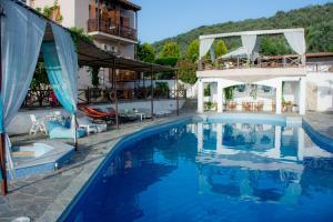 Albergues - Seralis Hotel
