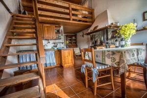 Agriturismo Fattoria Di Gratena, Фермерские дома  Pieve a Maiano - big - 147