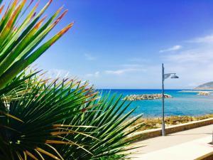 Appartamento sul mare - AbcAlberghi.com