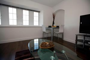 Aberdeen Serviced Apartments - The Lodge, Apartments  Aberdeen - big - 3