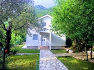 Holiday home Heaven, Holiday homes  Tivat - big - 1