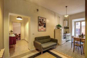 Trastevere San Cosimato vintage - abcRoma.com