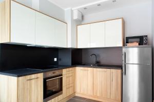 MS Apartments 4 Seasons V
