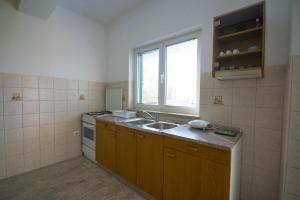 Apartments with a parking space Trogir - 15316, Apartmanok  Trogir - big - 5