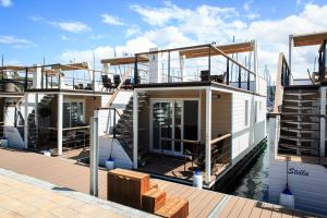 Floating Sea House Lien 1