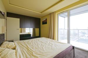 Chopin Airport Mokotow Business Park Luxury Penthouse With Free Champagne
