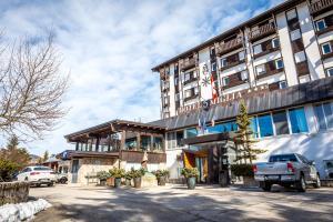 Hotel 5 Miglia, Отели  Ривизондоли - big - 57