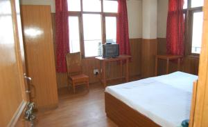 Standard Double Room Private room near Glan View Shimla