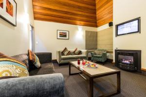 Distinction Te Anau Hotel & Villas (1 of 59)