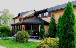 Guest House Villa Dole - Birzgale