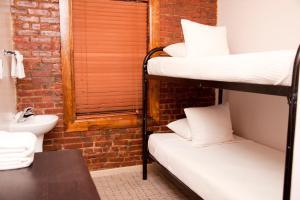 Royal Park Hotel & Hostel, Hostely  New York - big - 47