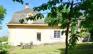 Clerfons: séjour au bord de la rivière Dordogne