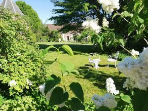 La Cour d'Hortense, Bed & Breakfast  Sailly-Flibeaucourt - big - 54