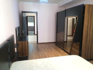 shartava 1, Appartamenti  Tbilisi - big - 38
