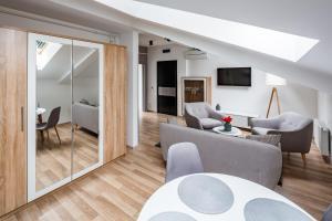 Apart Hotel Code 10, Apartmánové hotely  Ľvov - big - 101